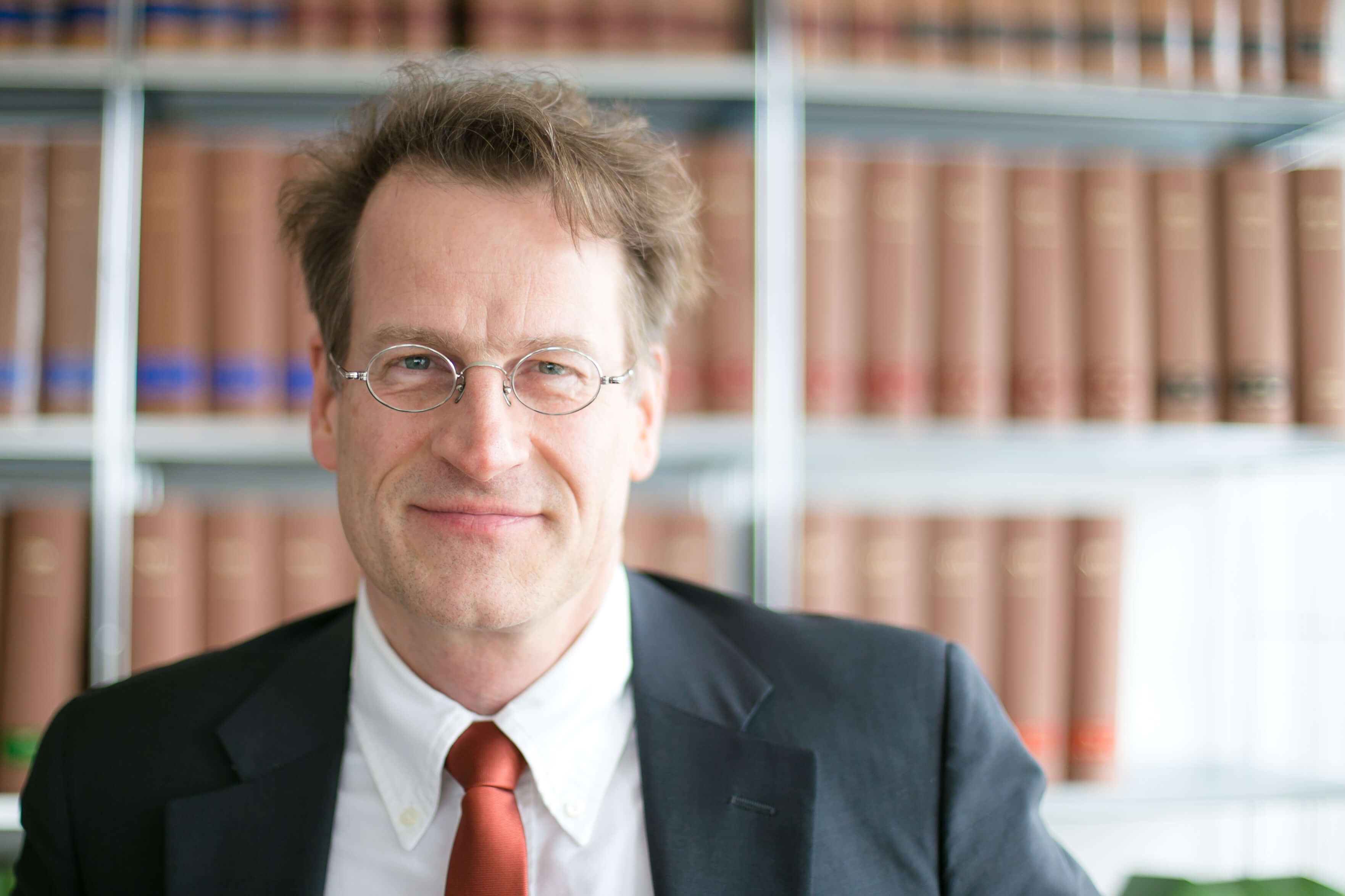 Dr. Roland Wiester